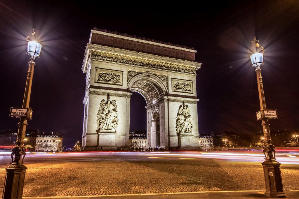 Arc de triomphe - night - Hyperlapse-2