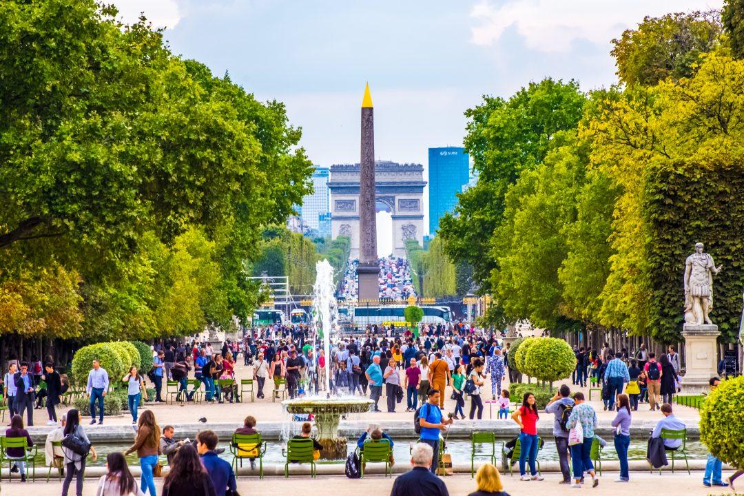 Jardin des tuileries arc de triomphe la d fense for Au jardin des tuileries