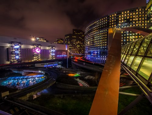 LA DÉFENSE – NIGHT TRAFFIC (ACCÉLÉRÉ – TIMELAPSE) PARIS FRANCE